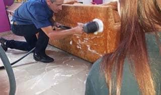 limpieza de tapicerías hotel